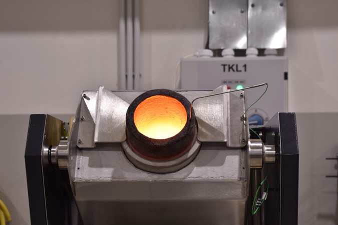 induction melting furnace for melting gold