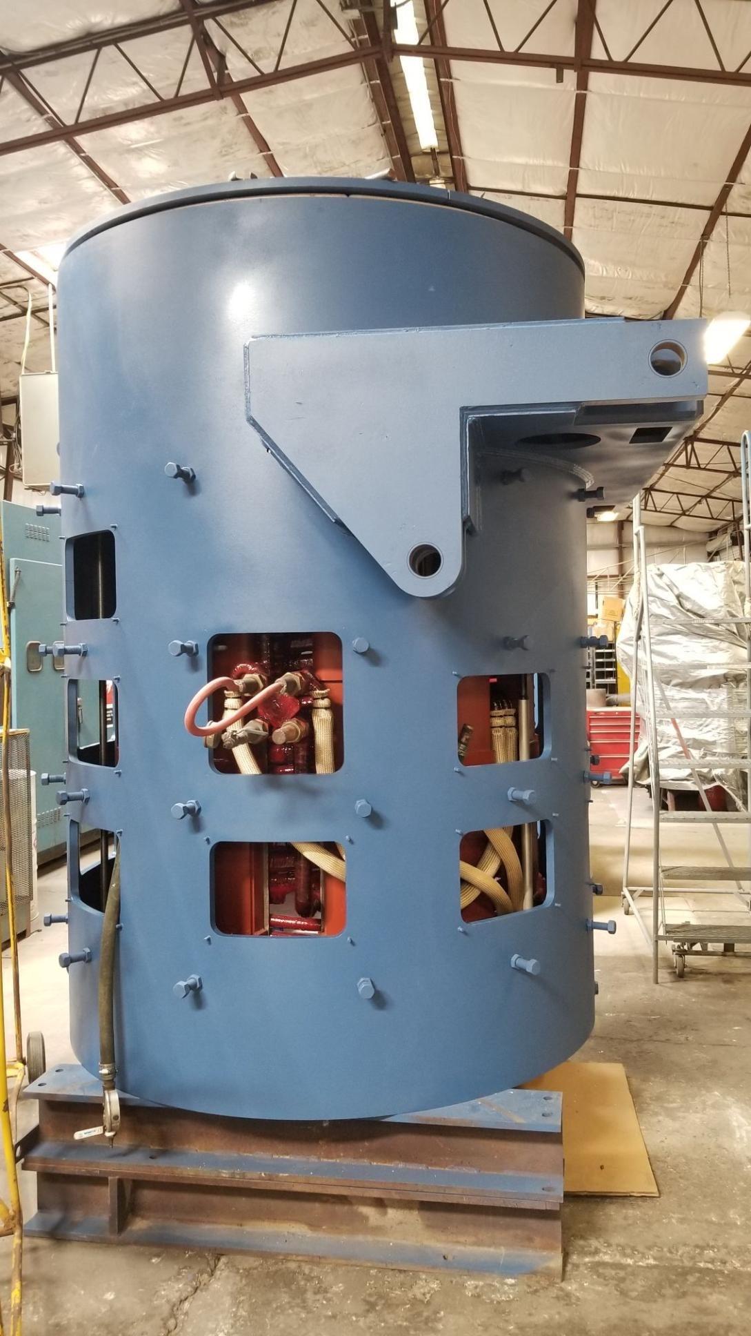coreless induction melting furnace ready