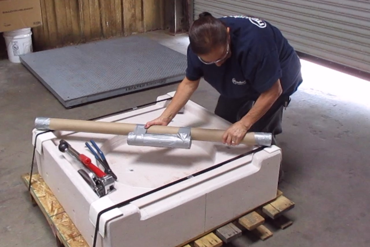 how packing 1000 lb cast bottom for shipping